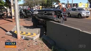 Perseguição policial termina em acidente na zona norte - Suspeitos de furtos foram presos.