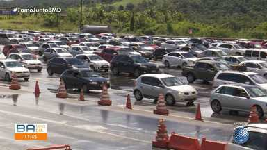 Estradas baianas têm fluxo intenso no retorno das festas juninas - Veja como está o movimento na BR-324, a mais importante rodovia do estado.