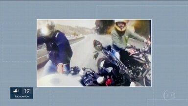Policia prende quadrilha especializada em roubar motos de alta potência - Os bandidos atuavam na Rodovia Fernão Dias e atacavam no fim de semana, quando os motociclistas pegam a estrada para passear.