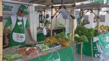 Mirassol realiza feira do produtor no Mercado Municipal - Está sendo realizada em Mirassol (SP) uma feira do produtor no Mercado Municipal que foi reinaugurado no mês passado na cidade.