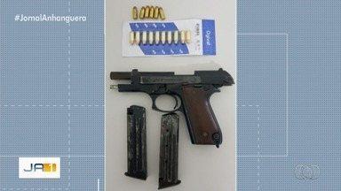 Colombiano é preso com arma e munição, em Goiânia - Ele não tinha registro para portar armamento.