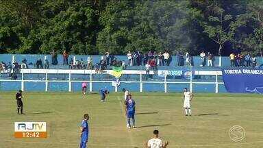 Barra Mansa: empate garante vaga na semifinal da série B2 do Carioca - Leão do Sul entrou em campo com cinco titulares substituídos depois da última partida que perdeu por 5 a dois pro time do Maricá.