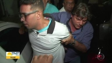 Suspeito de jogar soda cáustica no rosto da ex-companheira é preso - Willian César dos Santos Júnior se entregou à polícia e foi encaminhado ao Cotel.