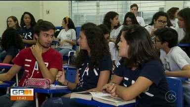Alunos da escola de Aplicação do Recife se preparam para final da Olimpíada de História - São quase mil estudantes de escolas públicas e particulares de todo país.