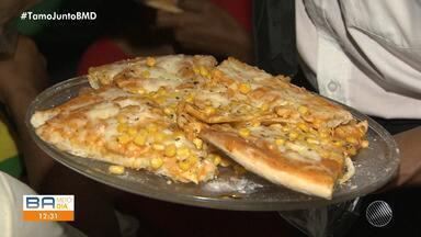 Solidariedade: moradores de rua ganham jantar especial com temática italiana - Cerca de vinte pizzas foram feitas em um abrigo no bairro do Barbalho.