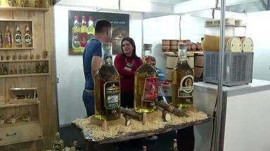 Salinas mostra força da produção e tradição mundial da cachaça durante festival - Festival Mundial da Cachaça aconteceu ao longo do fim de semana.