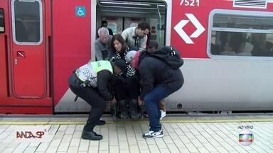 Acessibilidade nas estações da CPTM é tema do Anda SP - São 32 estações da empresa sem acessibilidade para pessoas com mobilidade reduzida