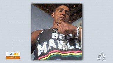 Suspeito de chefiar tráfico de drogas em Capela morre em confronto com a Polícia Civil - Suspeito de chefiar tráfico de drogas em Capela morre em confronto com a Polícia Civil.