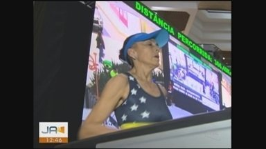 Ultramaratonista tenta quebrar recorde mundial em Florianópolis - Ultramaratonista tenta quebrar recorde mundial em Florianópolis