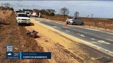 Três pessoas ficam feridas após acidente na BR-365 em Indianópolis - Vítimas de 75, 64 e 63 anos foram socorridas pelo Samu e levadas para Araguari.