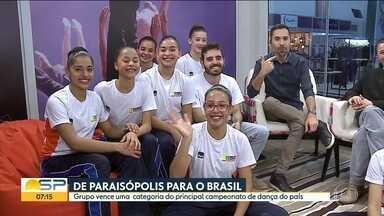 De Paraisópolis para o Brasil - Grupo de Paraisópolis vence uma categoria do principal festival de dança do país. O grupo de dança do Theatro Municipal ficou em segundo lugar em outra categoria.
