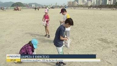 Voluntários recolhem 105 Kg de lixo das praias de Santos - Iniciativa foi realizada pela ONG 'Ecomov'.