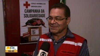 Campanha arrecada agasalhos para pessoas em situação de rua - Secretário geral da Cruz Vermelha, Rógio Lima, explica como doar as roupas.