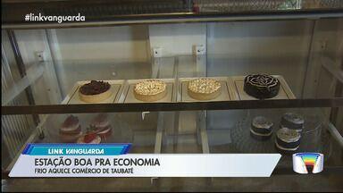 Lojas comemoram o aumento das vendas em Taubaté - São comércios de diferentes setores.