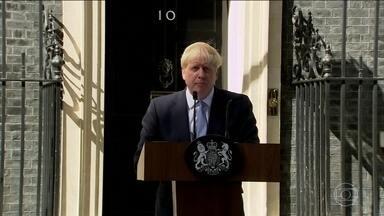 Primeiro-ministro britânico começa a montar novo gabinete - Enfrentando oposição dentro do próprio partido, Boris Johnson trouxe para perto nomes simpatizantes do Brexit.