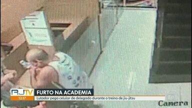 Professor de jiu-jitsu furta celular de delegado em academia de Niterói - Sérgio Barbosa Pinto foi preso em flagrante quando tentava desbloquear o celular