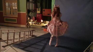Betty Gofman faz ensaio fotográfico como Dona Bela - Confira!