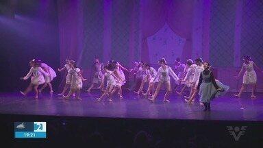 Dia de muitos prêmios pra Baixada Santista no Festival de Joinville - Principal evento de dança chega ao décimo dia.