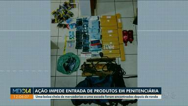 Homem tenta arremessar mala com drogas e eletrônicos na Penitenciária de Cruzeiro do Oeste - Ele fugiu e também deixou uma escada que seria usada pra subir no muro do presídio.