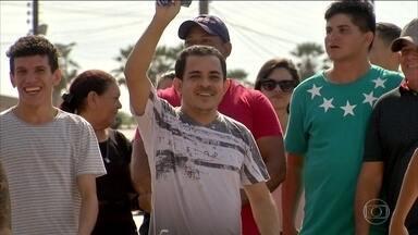 No Ceará, homem preso injustamente por cinco anos deixa a cadeia - Antonio Cláudio foi preso em 2014 suspeito de ser o 'maníaco da moto', que abusava sexualmente de mulheres nas ruas de Fortaleza.