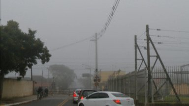 Quarta-feira amanhece com névoa no Alto Tietê - Passagem de frente fria provoca mudanças no clima.