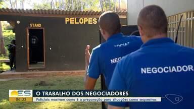 Policiais mostram como é a preparação para situações como sequestros no ES - Veja como é o trabalho dos negociadores.