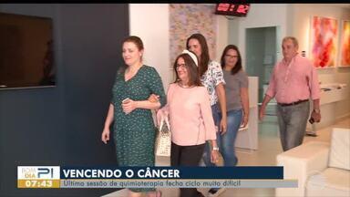 Dura rotina do tratamento de quimioterapia é amenizada pelo apoio da família e amigos - Dura rotina do tratamento de quimioterapia é amenizada pelo apoio da família e amigos