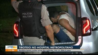 Tiroteio no Hospital Metropolitano, em Santa Rita - Criminosos tentaram roubar arma dos vigilantes do hospital. Houve tiroteio e perseguição e um dos bandidos foi preso.