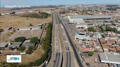 Verticalização de Anápolis e novos investimentos geram empregos - Terceira maior cidade do estado comemorou nesta quarta 112 anos.