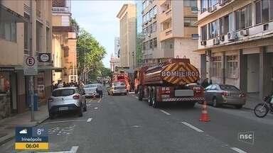 Incêndio atinge apartamento no Centro de Florianópolis - Incêndio atinge apartamento no Centro de Florianópolis