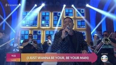 Stevie B canta 'In My Eyes' - Confira