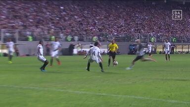 Atlético-MG bate o Botafogo por 2 a 0 e avança na Copa Sul-Americana - Atlético-MG bate o Botafogo por 2 a 0 e avança na Copa Sul-Americana