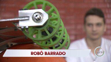 Robô de projeto social é barrado na Receita Federal - Alunos de Taubaté estão sem aulas práticas.