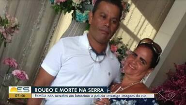 Corpo de pedreiro morto em assalto é velado na Serra - Aloísio Bandeira foi morto na manhã de terça-feira (6) no bairro Novo Horizonte. O caso é investigado pela Delegacia Patrimonial. Nenhum suspeito foi preso.