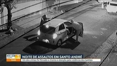 Criminosos causam terror em um bairro de Santo André - Foram quatro assaltos pelo menos grupo em uma única noite.