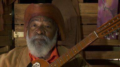 Bahia Rural entrevista o repentista 'Bule-bule', que leva poesia nordestina para todo país - O artista tem setenta e dois anos. Ele mora no município de Camaçari.