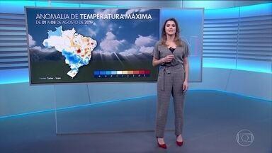 Sexta-feira será de calor e sol na maior parte do país - A previsão do tempo mostra termômetros acima da média para o inverno.