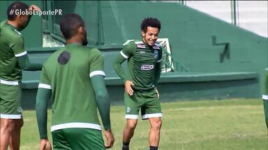 Coritiba tem dúvidas para enfrentar o Figueirense - Rafinha, recuperado de lesão, ainda não tem retorno confirmado ao time titular