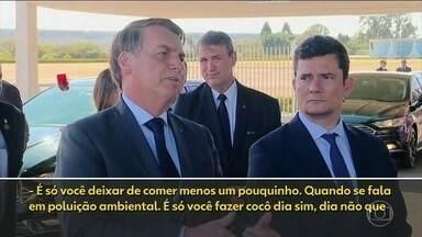 Bolsonaro sugere 'fazer cocô dia sim, dia não' para reduzir poluição ambiental - Presidente deu declaração ao ser questionado se é possível o país preservar o meio ambiente e se desenvolver economicamente.