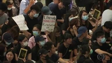 Governo britânico pede investigação sobre repressão dos protestos em Hong Kong - O governo chinês respondeu o governo do Reino Unido e pediu para que ele fique de fora dos assuntos da China.