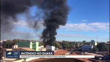 Posto da PM pega fogo no Guará - Bombeiros foram chamados para apagar incêndio.