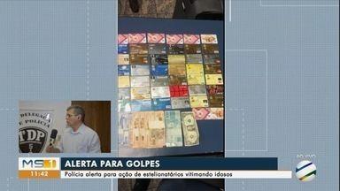 Dois são presos por golpes contra idosos dentro de banco - Pelo menos 20 pessoas foram vítimas dos estelionatários