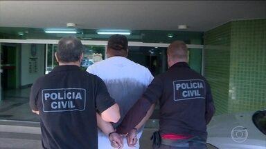 Suspeitos de fazer parte de facção criminosa são presos, em Brasília - A operação é da Polícia Civil e do Ministério Público. Segundo os investigadores, essa facção criminosa matou pelo menos 30 pessoas nos últimos 6 anos, numa guerra por território de tráfico de drogas.