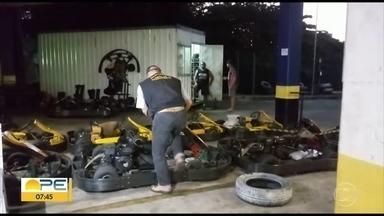 Procon interdita pista de kart em estacionamento de supermercado na Torre - Vistoria de regularização concedida pelo Corpo de Bombeiros estava vencida desde 2017.