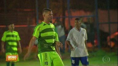 Betinho, ex-Palmeiras, joga na várzea em Recife - Betinho, ex-Palmeiras, joga na várzea em Recife