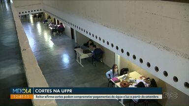 Cortes na UFPR podem comprometer pagamentos de água e luz - Cortes podem ser feitos a partir de setembro.