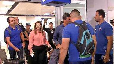 Zé Ricardo tem grande chegada em Fortaleza, com surpresa da torcida - Zé Ricardo tem grande chegada em Fortaleza, com surpresa da torcida