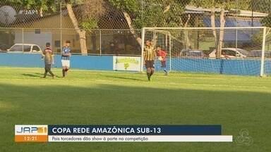 Pais torcedores dão um show à parte na Copa Rede Amazônica Sub-13 - Pais torcedores dão um show à parte na Copa Rede Amazônica Sub-13