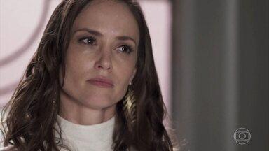 Lara discute com Filipe - A advogada se irrita com o sobrinho e o acusa de trair a confiança da família ao apoiar Rita