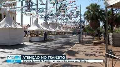 Trânsito em Montes Claros sofre mudanças com programação das Festas de Agosto - Área central da cidade recebe programação até o domingo.